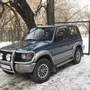 Mitsubishi Pajero фото