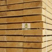 Доски обрезные сосновые, естественной влажности фото