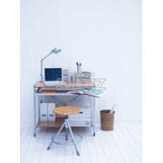Компьютерные столы,парты. фото