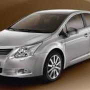 Автомобиль Тойота Avensis фото