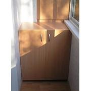 Отделка балконов и лоджий-встроенная мебель фото
