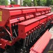 Сеялка зернотукотравяная фото
