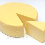Сыр твёрдый 45 % жирности Костромской фото