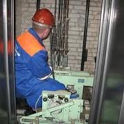 Капитальный,текущий и аварийный ремонт лифтов фото