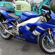 Мотоцикл спортбайк No. B4975 Yamaha YZF-R1 фото