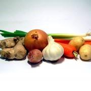 Поставка овощей и фруктов фото