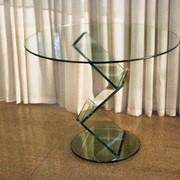Стеклянные столики фото