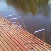 Лестницы для бассейнов и прудов фото