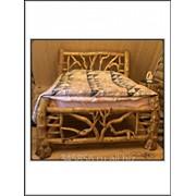 Кровать из цельного массива сосны фото