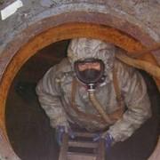 Очистка внутренних стенок резервуаров от остатков нефтепродуктов(зачистка резервуаров) фото