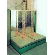 Платформа мягкая с угловым зеркалом и пузырьковой колонной фото