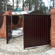 Распашные автоматические ворота. фото