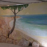Барельф, роспись на стене фото
