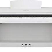 Цифровое пианино Yamaha CLP-440W фото