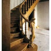 Лестницы из массива сосны фото