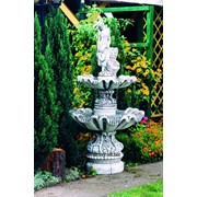 Девушка с каскадами-декоративный фонтан фото