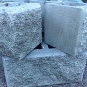 Сплиттерные блоки, рваный кирпич, тротуарные плитки фото