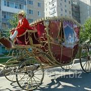 Карета Екатерина худ.ковка - кузов бордо, салон бордо фото