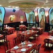Ресторан приглашает гостей фото