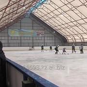 Крытый хоккейный корт фото
