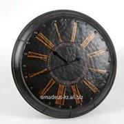Часы настенные черные фото