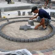 Мощение тротуарным камнем ПОД КЛЮЧ качественно фото