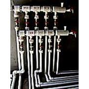 Монтаж систем водоснабжения и водоотведения фото