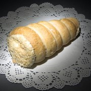 Пирожное Трубочка со сливками и вареной сгущенкой фото