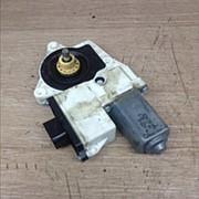 Моторчик стеклоподъемника 81.28601.6138 / MAN фото