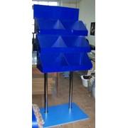 Модульные стойки для выкладки товара и информации фото