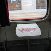 Распространение рекламы в поездах фото