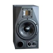 Студийный звуковой монитор ADAM A7 фото