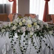 Флористика и оформление праздников, свадеб, торжеств, оформление подарков, игрушки из цветов, оформление банкетного зала цветами, художественная упаковка подарков с использованием сухоцветов и живых цветов, оформление свадебных арок фото