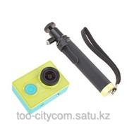 XiaoMi Yi Camera, экшн-камера (зеленая) + монопод фото