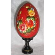 Пасхальные яйца с росписью и лаком. фото