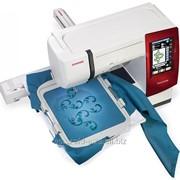 Швейно-вышивальная машина Janome Memory Craft 9900 фото