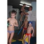Обучение плаванию детей фото