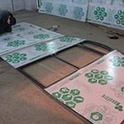Раскрой листов поликарбоната на фасад теплиц фото