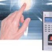 Контроль доступа по отпечаткам пальцев фото