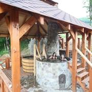 Установка бани в чугунном чане, Молодильного чугунного чана для купания над костром фото