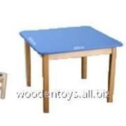 Стол детский +2 стула из бука и МДФ высота45см, шырота и длинна по 70 см, 7кг, стулья высота 55см, сиденье 23*30см фото