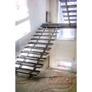 Металлический лестничный марш, Лестница фото