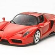 Модель Enzo Ferrari Rosso Corsa фото