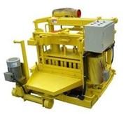 Станок для производства блоков из шлака и другого сырья QT40-3A фото