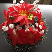 Венки ритуальные из искусственных цветов, вариант 3 фото