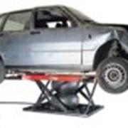 Автомобильный подъёмник пневматический с помпой на роликах STL 2601 фото
