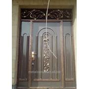 Металлические двери с ковкой и стеклом №1 фото