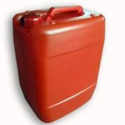 Пластиковая канистра красная фото