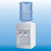 Диспенсер для очищенной, бутилированной воды фото