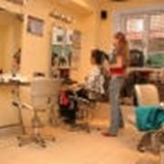 Парикмахерские услуги, стрижка женская и мужская, дизайнерские прически в салоне на Печерске Киев фото